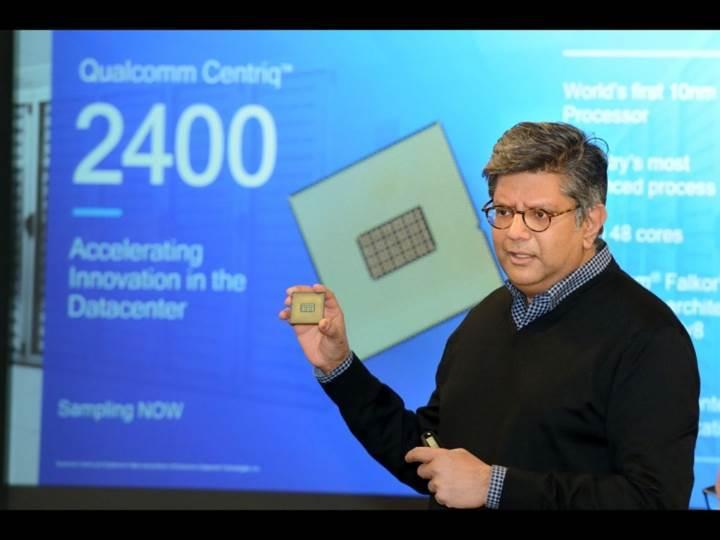 Qualcomm 48 çekirdekli 10nm işlemcisini gösterdi