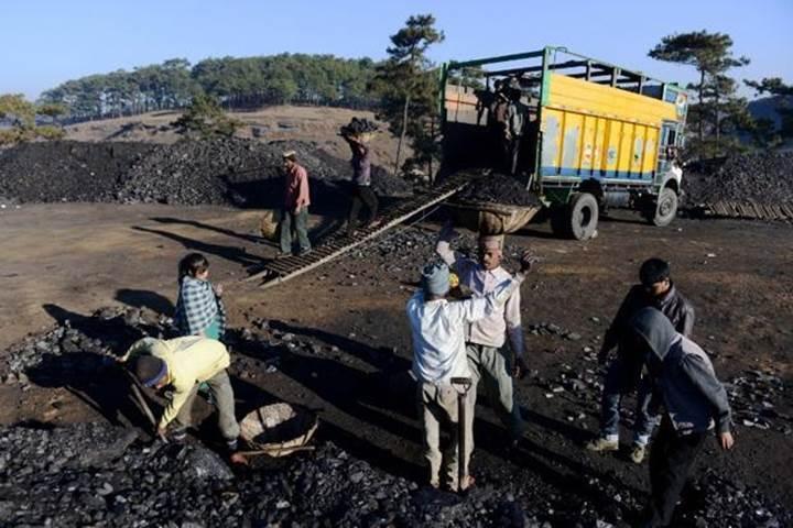 Dünyanın en büyük kömür şirketi madenlerini kapatıyor