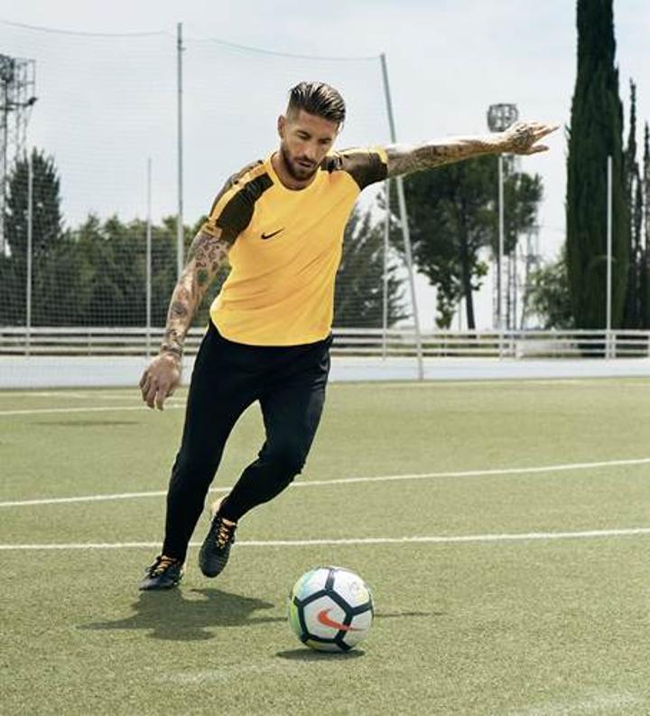 Nike, Tiempo Legend 7'yi tanıttı