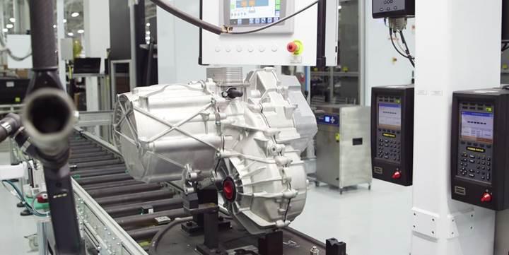 Tesla'nın elektrik motorları 1,6 milyon kilometre ömür için güncellendi