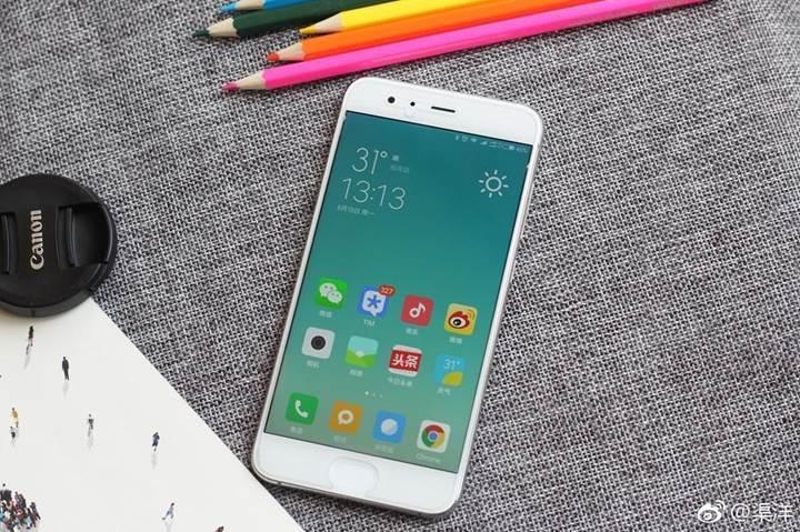 Xiaomi Mi 6'nın parlak beyaz modeli bugün satışa sunuldu