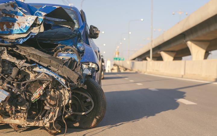 Google, ABD'deki Pixel telefonlar için araba kazası tespit sistemini başlatıyor