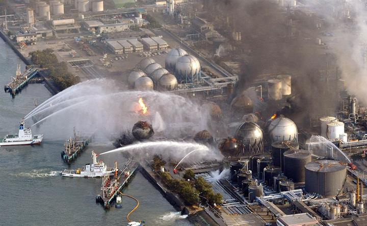 Fukuşima nükleer santralindeki nükleer yakıt temizleme faaliyetleri ertelendi
