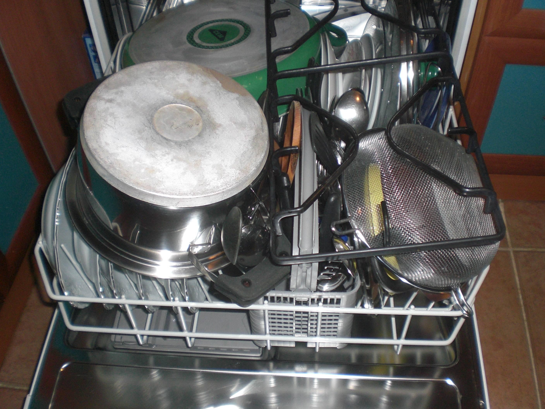 Bulaşık Makinesi Parlatıcısı Nereye Konur